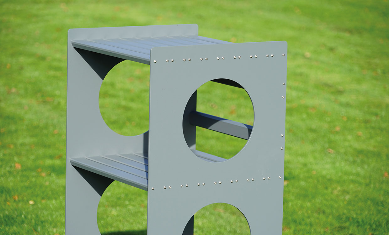 Aludesign Regal aus Aluminium
