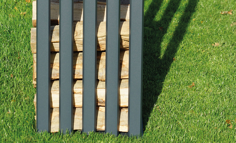 Aludesign Holzlager 50 #2 - Aluminiumgestell für Holzscheite - Seitenansicht