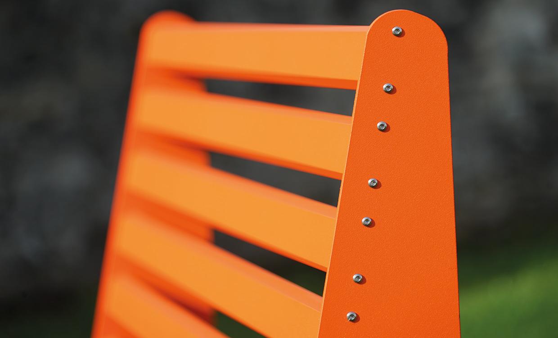 Loungbank aus Aluminium für den Außeneinsatz - von Aludesign Möbel detail Rückenteil